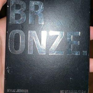 Kylie Cosmetics Tawny Mami Bronzer